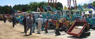 建設機械    中古販売のイメージ